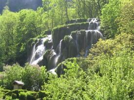 les cascades de Baume les messieurs ( cascade de tuf )