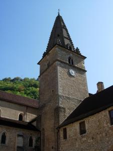 Baume les Messieurs : Abbaye